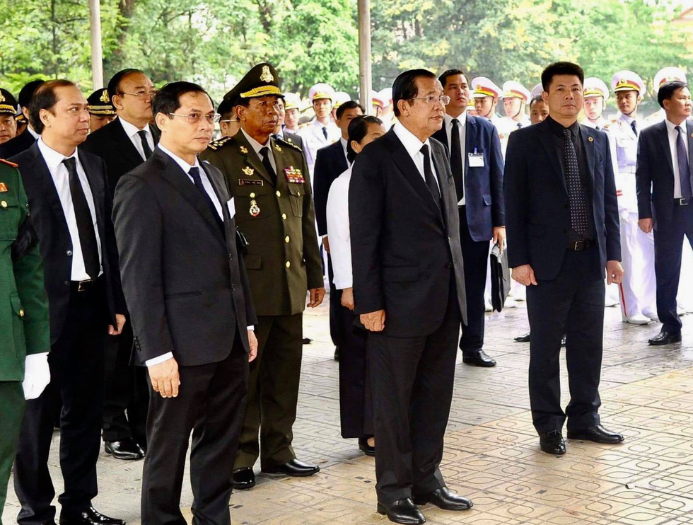 Cambodian Prime Minister Samdech Hun Sen and his delegation at the funeral in Hanoi.