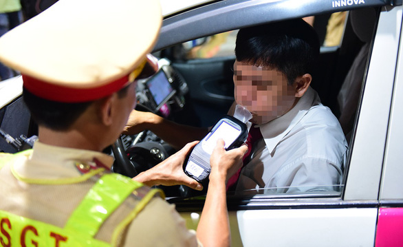 Community service proposed as punishment for drunk driving in Vietnam