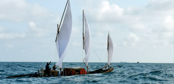 Vietnamese men recreate ancient voyages on bamboo rafts