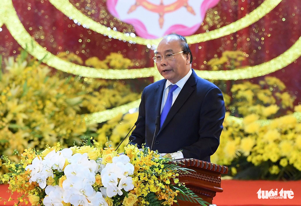 Prime Minister Nguyen Xuan Phuc speaks at the opening ceremony.