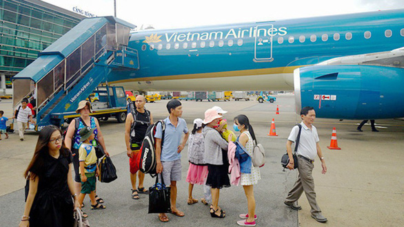 Chinese man caught stealing carryon aboard Vietnam Airlines flight