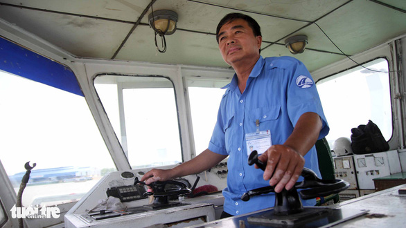 Nguyen Van Dong, a ferry captain for the Vam Cong Group. Photo: Mau Truong / Tuoi Tre
