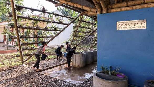 Vietnamese architect builds 'nature' washrooms for mountainous children