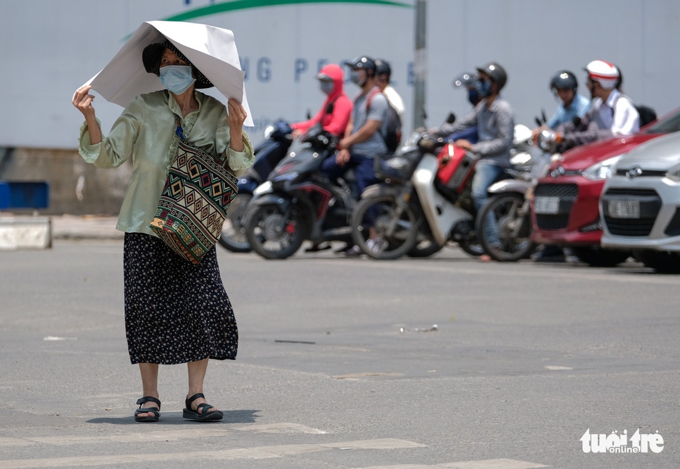 Heatwave peaks in northern, central Vietnam