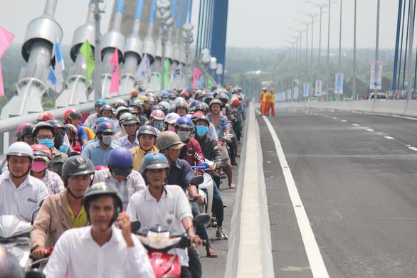 Vam Cong Bridge open to traffic in Vietnam's Mekong Delta