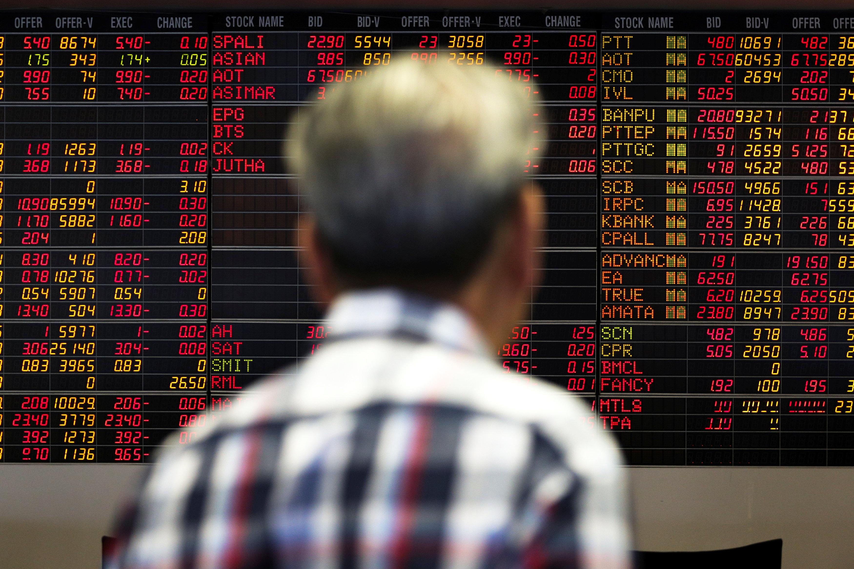 SE Asia Stocks-Indonesia snaps 5 days of falls, Philippines extends gains