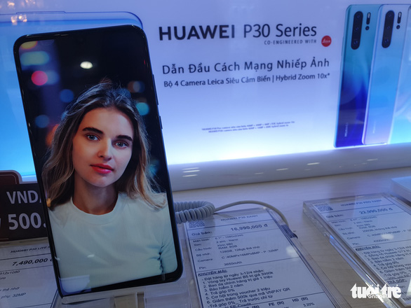 Huawei mobile users in Vietnam anxious after news of Google block