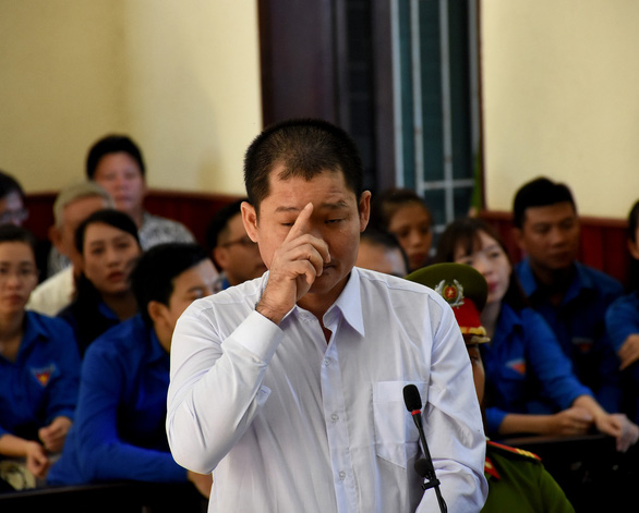 Le Quoc Binh stands trial at a court in Binh Dinh Province, Vietnam on May 26, 2019. Photo: Duy Thanh / Tuoi Tre