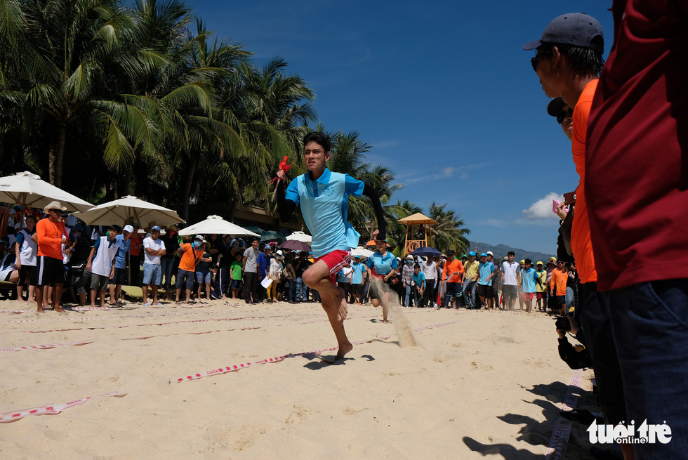 Disabled children take part in activities during the 7th Disabled Children's Festival on Hon Tam Island off Nha Trang, Vietnam on May 31, 2019. Photo: Dinh Cuong / Tuoi Tre