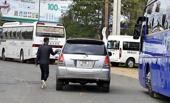Da Lat authorities vow to intensify crackdown on 'specialty brokers'
