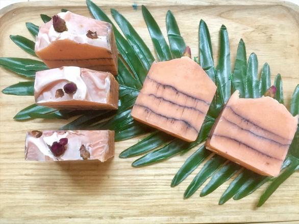 Tang Boi Quan's handmade soap bars. Photo: Tuoi Tre