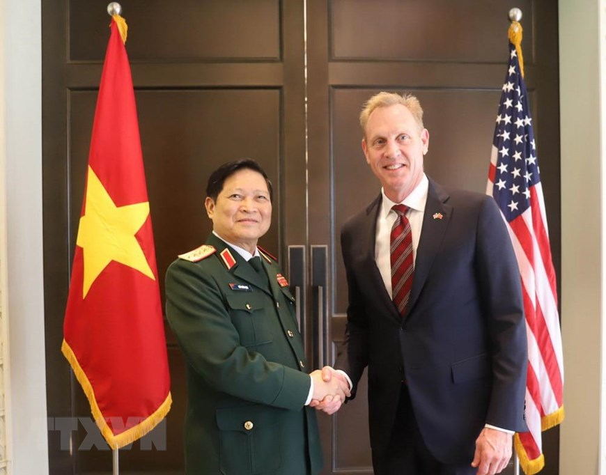 Vietnam defense minister joins talks with US, UK peers at Shangri-La Dialogue