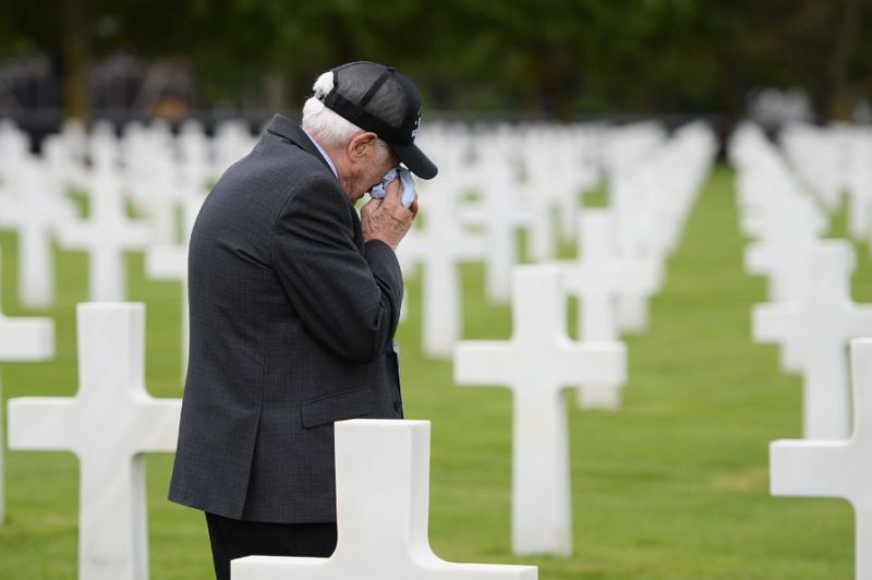 World leaders mark 75 years since D-Day on Normandy's beaches