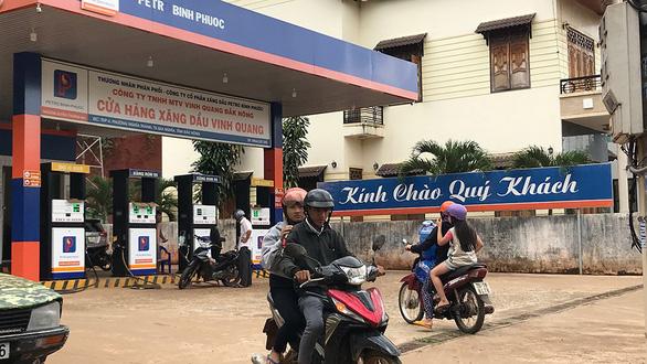 Vietnam police break up massive fake petrol organization