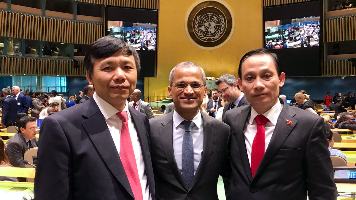 Singapore's UN ambassador congratulates Vietnam on election to non-permanent Security Council seat