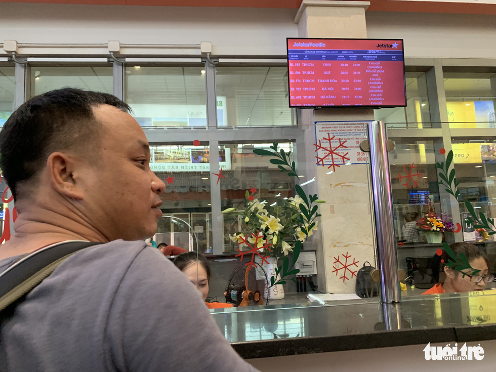 Tan Son Nhat airport to stop making announcements via loudspeakers