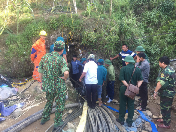 Vietnamese man found dead after 9 days trapped in cave