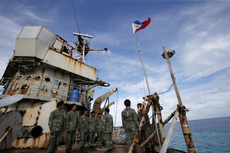 Members of Philippine Marines is pictured in the East Vietnam Sea on March 29, 2014. Photo: Reuters