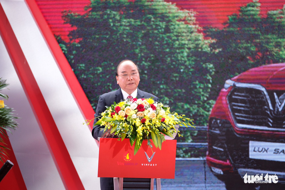 Prime Minister Nguyen Xuan Phuc delivers remarks at the ceremony. Photo: Nam Tran / Tuoi Tre