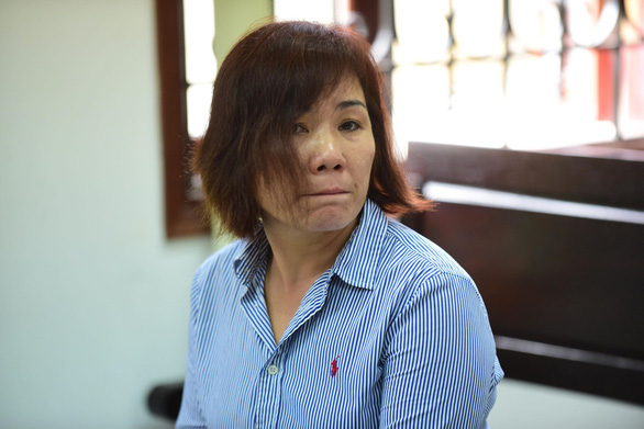 Nguyen Thi Nga stands her trial at the court. Photo: Quang Dinh / Tuoi Tre