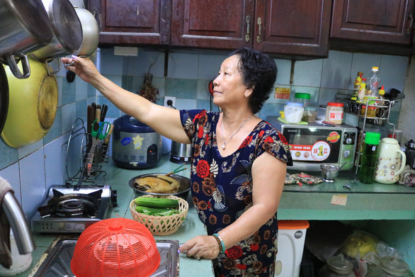 An image of Pham Thi Hoa's daily life in Ho Chi Minh City. Photo: Dieu Nhi / Tuoi Tre