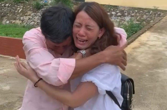 Woman reunited with Vietnam family after 22 years living as 'sold' wife in China