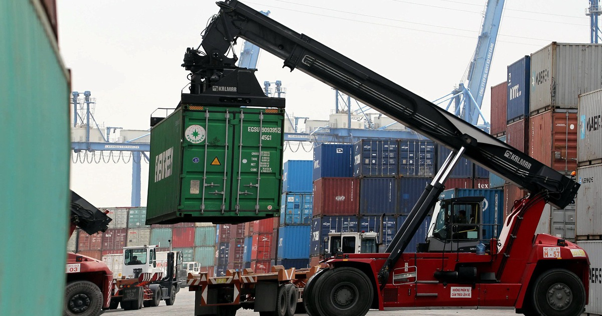 Vietnam posts large trade surplus amid U.S.-China trade tensions