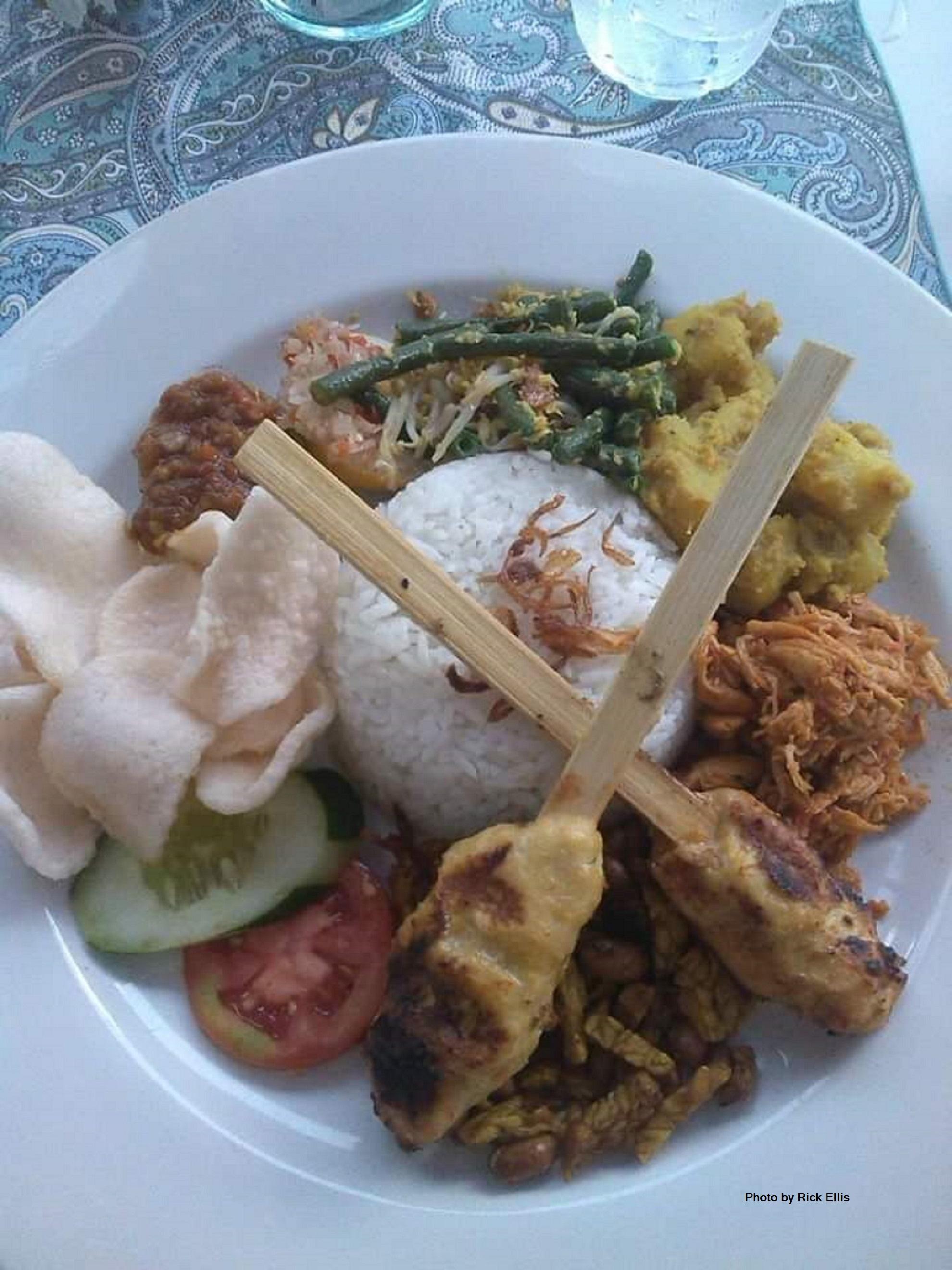 Balinese nasi campur (equivalent of com tam, broken rice, in Vietnam)