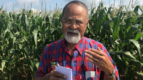 Ta Wee Sak Pulam, who created the corn breed, remarks during his trip to Vietnam on July 13, 2019. Photo: Tran Manh / Tuoi Tre