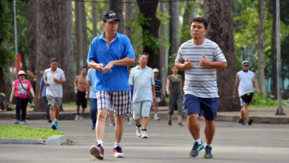 People jog in a park in District 1, Ho Chi Minh City. Photo: Duyen Phan / Tuoi Tre