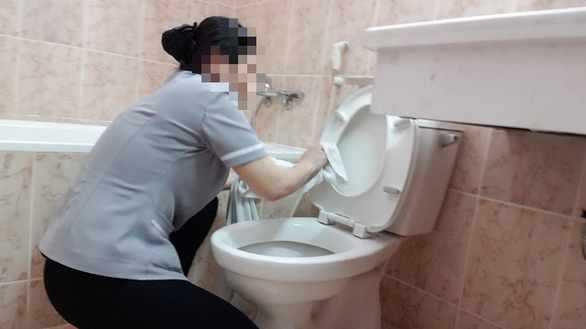 Exposé finds housekeepers polishing Ho Chi Minh City hotel toilets with bath towels