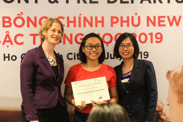 Ninth-grader becomes first Vietnamese to receive full scholarship from NZ gov't