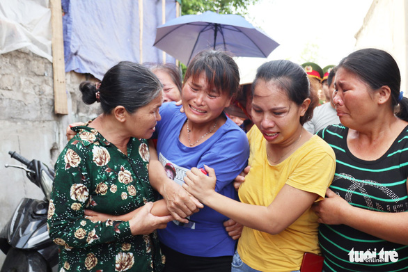 Vietnamese woman reunited with family 24 years after being sold to China