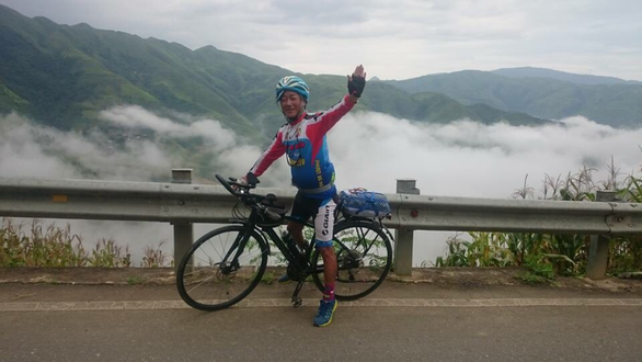 Vietnamese man, 67, makes yearly habit of cycling cross-country