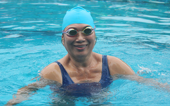 Vietnamese woman wins medals at SE Asia swimming competition at 65