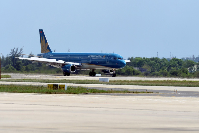 Passenger's ruptured breast implant wound forces Vietnam Airlines plane to make emergency landing