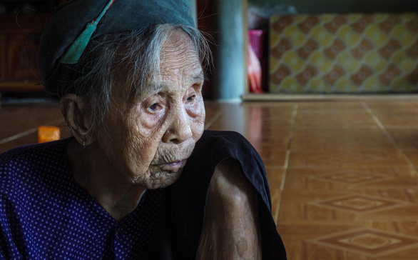 Hoang Thi Te is pictured at her home in northern Tuyen Quang Province. Photo: Vu Tuan / Tuoi Tre