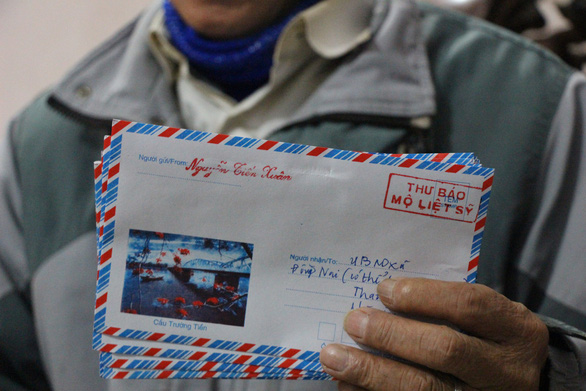 Some of Nguyen Tien Xuan's handwritten letters are seen in this picture. Photo: Ha Thanh / Tuoi Tre