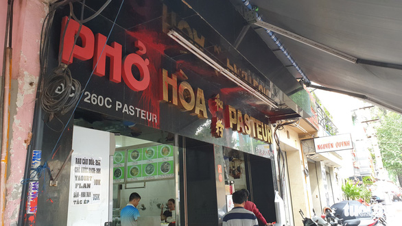 Five arrested for allegedly vandalizing famous Saigon pho house