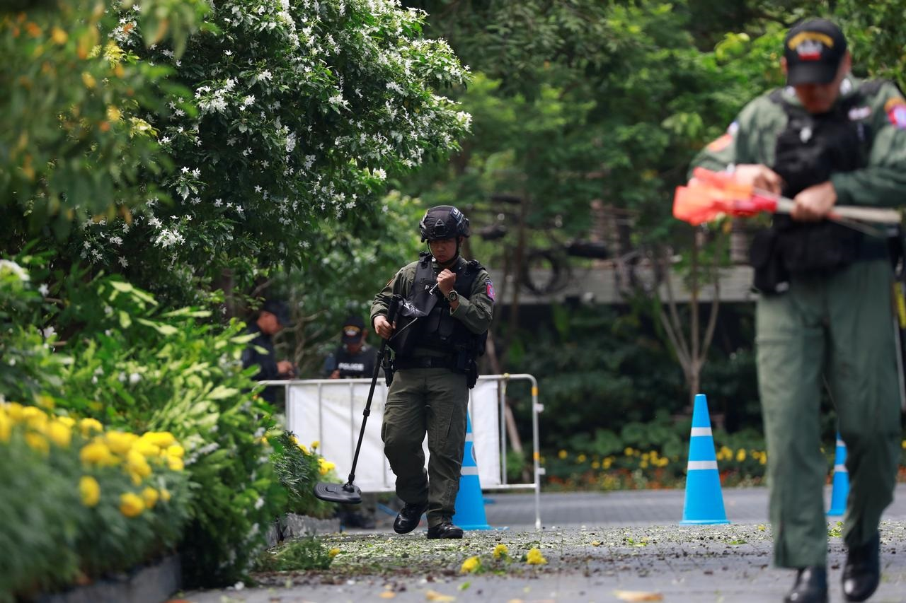 Several small blasts heard in Thai capital, two hurt