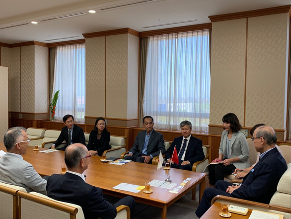 Japanese companies leave China, favor Vietnam: prefecture mayor
