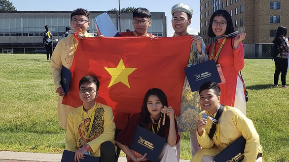 Vietnamese students bring home prizes at int'l science fair