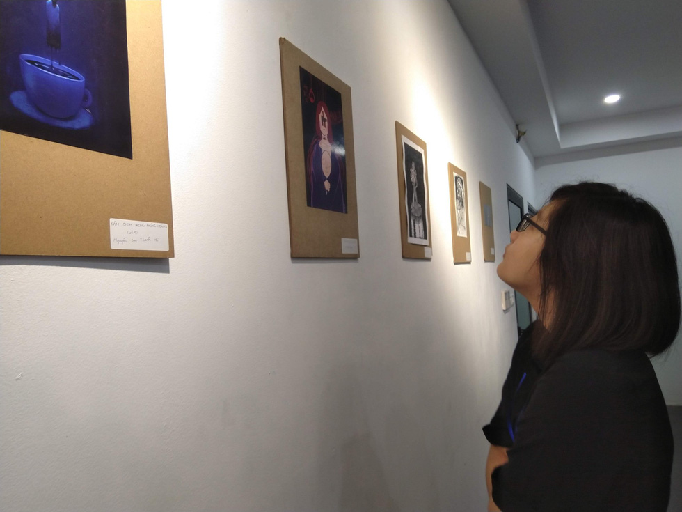 Hanoi exhibition highlights emotional roller-coaster of youth