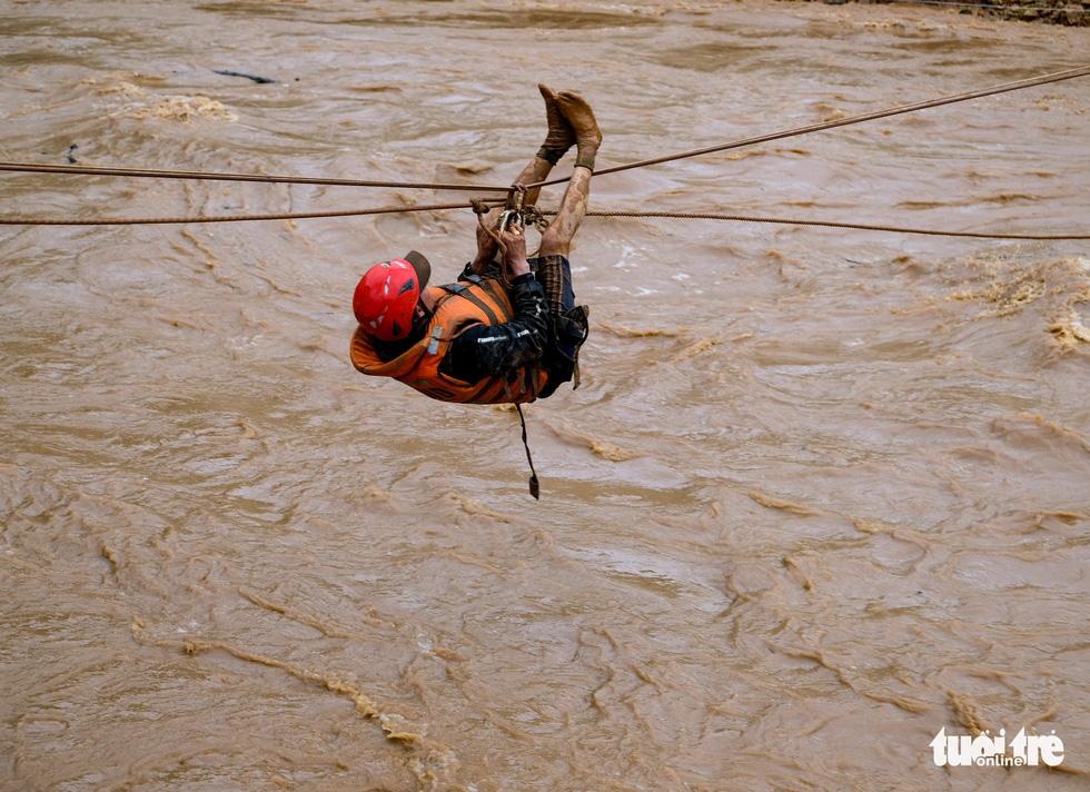 Downpours unleash devastating floods throughout Vietnam's Central Highlands