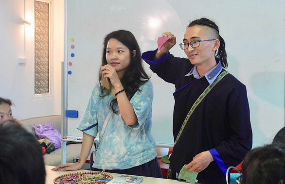 Vietnamese student holds summer camp to encourage ethnic children to dream big