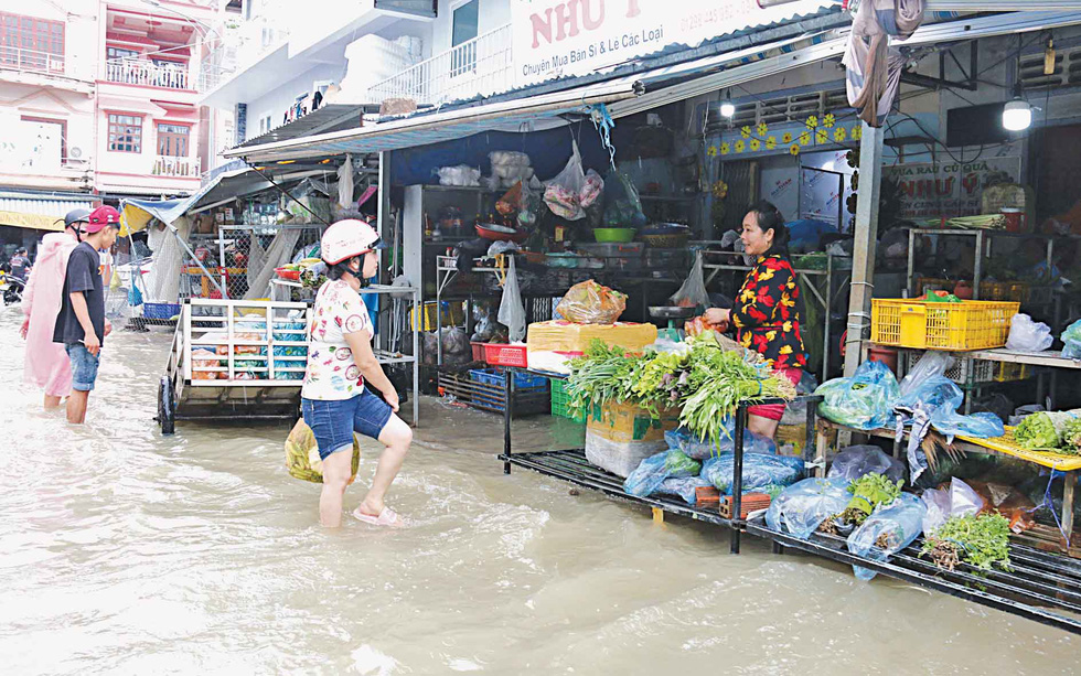 A flooded market on Phu Quoc island.