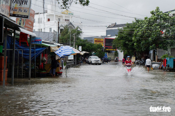 Rains to decrease in southern Vietnam, as northern, central provinces brace for heatwave
