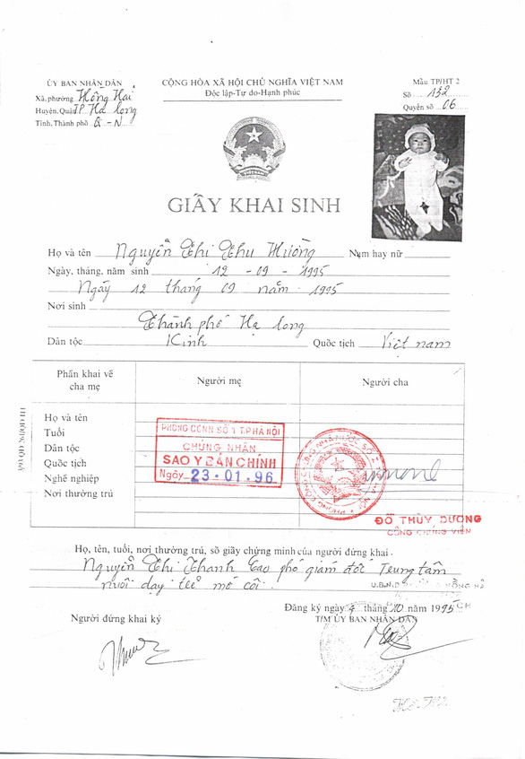 Nguyen Thi Thu Huong's birth certificate. Photo: Supplied