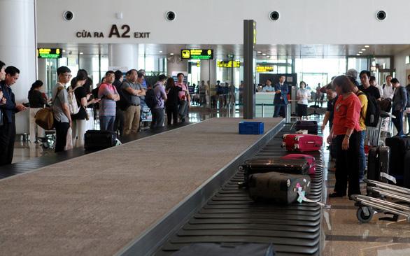 Vietnamese, Korean women fined over brawl at Hanoi airport