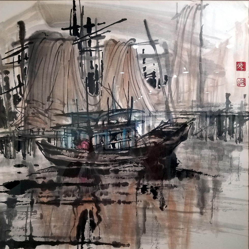 The painting Cang ca Nam Can (Nam Can fish harbor) by artist Ma Hong Son